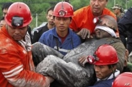 Chinese Coal Miners Rescued from Flooded Underground Pit