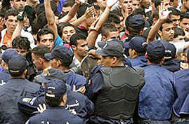 Thousands of Students Protest in Algeria
