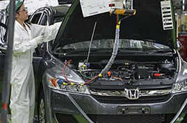 Japanese, US Automakers' Fortunes Are Reversing