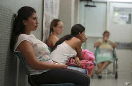 Six-weeks pregnant Daniela Rodriguez, 19, waits for test results after being diagnosed with the Zika virus at Erasmo Meoz Hospital in Cucuta. Norte de Santander state has Colombia's highest Zika virus cases, Feb. 11, 2016.