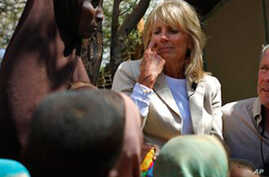 US Officials Visit Somali Refugees, Press for Famine Assistance