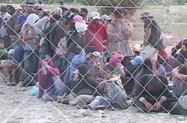 refugees in Albania
