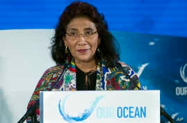 FILE - Indonesia's Fisheries Minister Susi Pudjiastuti speaks in Washington, Sept. 16, 2016. Pudjiastuti, a high school dropout turned seafood entrepreneur, is leading an Indonesian government crackdown of illegal fishing that has winning plaudits fr