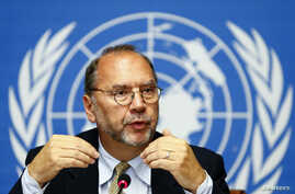 FILE - Ebola virus discoverer Peter Piot addresses a news conference at the United Nations after an informal consultation at the World Health Organization (WHO) in Geneva, Oct. 7, 2014.