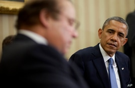 President Barack Obama meets with Pakistan Prime Minister Nawaz Sharif in the Oval Office of the White House in Washington, Wednesday, Oct. 23, 2013.