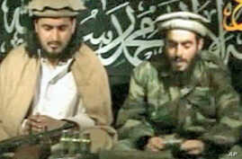 Humam Khalil Abu Mulal al-Balawi (r) and Hakimullah Mehsud, the new leader of the Taliban in Pakistan