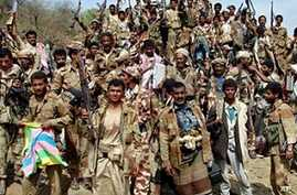 Yemeni soldiers and tribe members after a battle against al-Houthi Shiite rebels in northern Yemen, 24 Jan 2010