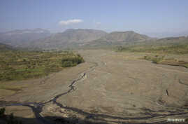 A general view shows a dried up river bed in Ethiopia's northern Amhara region, Feb. 11, 2016.