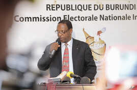 Burundian President of the Independent National Electoral Commission, Pierre Clave Ndayicariye announced the preliminary results for the municipal and legislative elections in Bujumbura, Burundi, July 7, 2015.