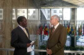 John Tanza and US Special Envoy for South Sudan and Sudan, Donald Booth