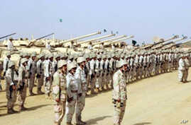 Saudi troops massed near Yemen border, Dec 2009 (file photo by Saudi Press Agency)