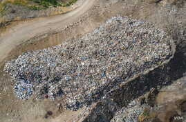 A pile of trash is seen in Bar Elias, Lebanon, May 17, 2017. (Photo courtesy of Human Rights Watch)
