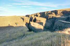 A closeup of the mysterious Wyoming crack is seen in this photo from SNS Outfitters and Guides.