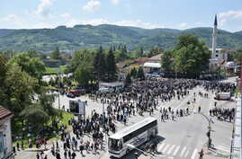 FILE - General view of Ferhadija mosque during its opening ceremony in Banja Luka, May 7, 2016. Thousands flocked to the capital of  Bosnia's Serb statelet for the reopening of a historic mosque destroyed during wartime, a ceremony seen as encouragin