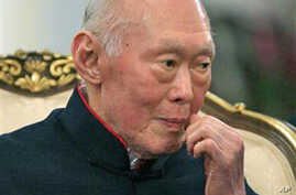 """Singapore's Lee Quoted Calling Burmese Generals """"Stupid"""""""