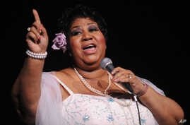 Aretha Franklin performs at Radio City Music Hall in New York, Mar. 21, 2008.
