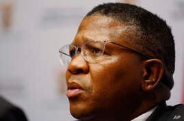 South African Minister of Sport Fikile Mbalula speaks to the media during a press briefing at parliament in Cape Town, March. 17,  2016.