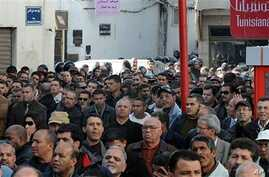 Tunisians protest against high prices and unemployment, Tunis, 08 Jan 2011.