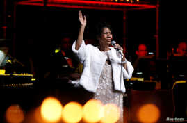 FILE - Aretha Franklin performs during the commemoration of the Elton John AIDS Foundation 25th year fall gala at the Cathedral of St. John the Divine in New York City, in New York, U.S., Nov. 7, 2017.