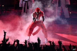 Kendrick Lamar performs a medley at the MTV Video Music Awards at The Forum on Sunday, Aug. 27, 2017, in Inglewood, Calif.