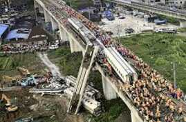 China Rail Ministry Apologizes for Deadly Train Accident
