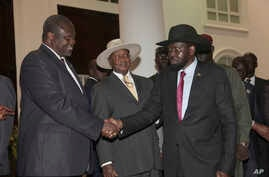 FILE - Former Vice President of South Sudan Riek Machar, left, greets South Sudan President Salva Kiir, right, as Uganda President Yoweri Museveni, center, looks on in Entebbe, Uganda, July  7, 2018. The Conflict Armament Research report released Thu
