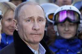 Russian President Vladimir Putin visits Rosa Khutor Alpine Center outside the Black Sea resort of Sochi, Feb. 6, 2013.
