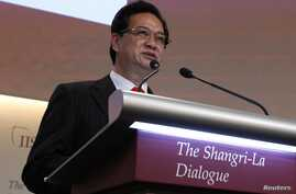 Vietnam's Prime Minister Nguyen Tan Dung gives the keynote address at the 12th International Institute for Strategic Studies (IISS) Asia Security Summit: The Shangri-La Dialogue, in Singapore, May 31, 2013.