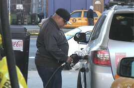 Gas Shortages Test Patience of Motorists