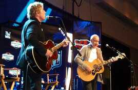 The Who's Pete Townshend (r) and Roger Daltrey (l) will provide the halftime entertainment for the upcoming Super Bowl.