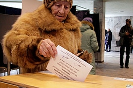 Latvians Vote to Make Russian an Official Language