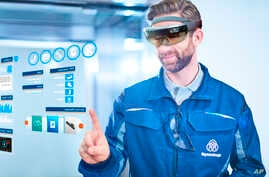 thyssenkrupp introduces Microsoft HoloLens technology