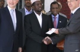 Britain Vows to Step Up Fight Against Somali Terrorism, Piracy