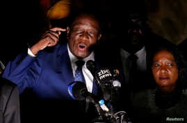 Zimbabwe's former Vice President Emmerson Mnangagwa, who is to be sworn in to replace Robert Mugabe as president, addresses supporters in Harare, Zimbabwe, Nov. 22, 2017.