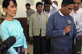 Burma Democracy Leader Meets Again with Government Minister
