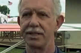 Chesley Sullenberger, 'Hero of the Hudson', Promotes Aviation to Young