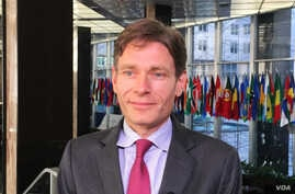 Assistant Secretary of State for Democracy, Human Rights, and Labor Tom Malinowski (VOA photo - N. Ching).