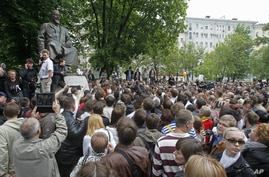 Russian opposition protesters in the opposition camp at the Chistiye Prudy in Moscow