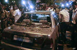 India Probing All 'Hostile' Groups After Mumbai Blasts