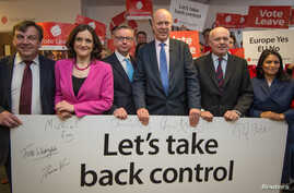 British politicians (L-R) John Whittingdale, Theresa Villiers, Michael Gove, Chris Grayling, Iain Duncan Smith and Priti Patel pose for a photograph at the launch of the Vote Leave campaign, at the group's headquarters in central London, Feb. 20, 201