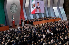 Mexico's President Enrique Pena Nieto delivers his annual state-of-the-union address, at the National Palace in Mexico City, Sept. 2, 2017.