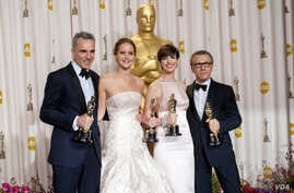 Daniel Day-Lewis, Jennifer Lawrence, Anne Hathaway and Christoph Waltz who won top acting Oscars, Feb. 24, 2013. (Photo: Heather Ikei / ©A.M.P.A.S.)