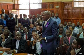 Miguna Miguna, one of the lawyers for opposition politician, speaks to the judge at the High Court in downtown Nairobi, Kenya, Feb. 7, 2017.