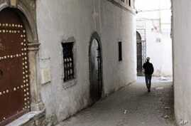 Activists Fight to Save Crumbling Algiers Casbah