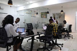 Young Nigerian entrepreneurs can share contemporary-designed workspaces provided by Ventures Platform. The Abuja-based incubator hub is one of the few resources in the city for startup owners. (C. Oduah for VOA)
