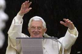 Pope Denounces Anti-Christian Violence in Middle East