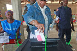 Liberia's Sirleaf Leads Early Election Tally
