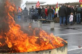 French Workers Vow to Keep Protesting Retirement Reform