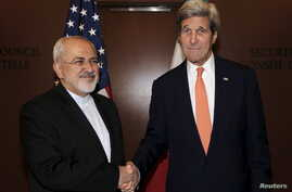 U.S. Secretary of State John Kerry meets with Iran's Foreign Minister Mohammad Javad Zarif at U.N. headquarters in New York City, April 19, 2016.