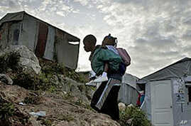 Number of Haitians Living in Displacement Camps Drops